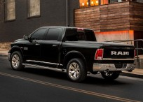 Dodge-Ram_1500_Laramie_Limited-2015-1600-07