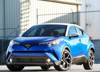 Toyota-C-HR_US-Version-2018-1600-03