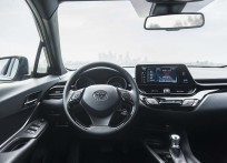 Toyota-C-HR_US-Version-2018-1600-2a