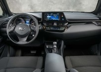 Toyota-C-HR_US-Version-2018-1600-2d